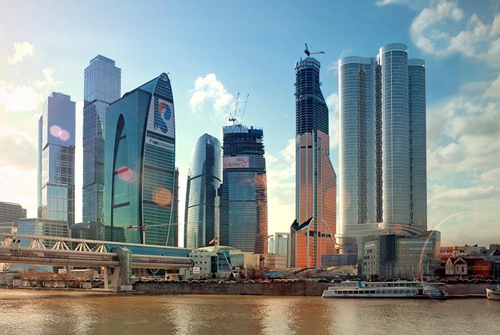Фасадное остекление зданий в Москве