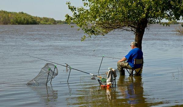 можно ли рыбачить в рыбацком